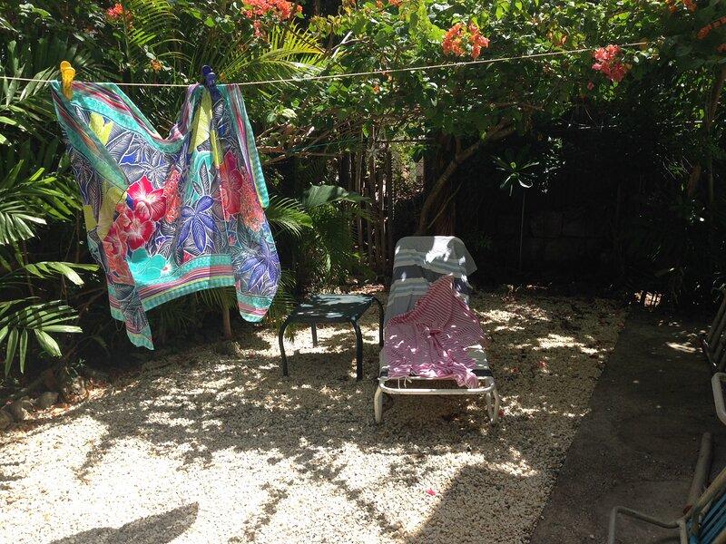Sunbeams Garden Suite – semesterbostad i Paynes Bay