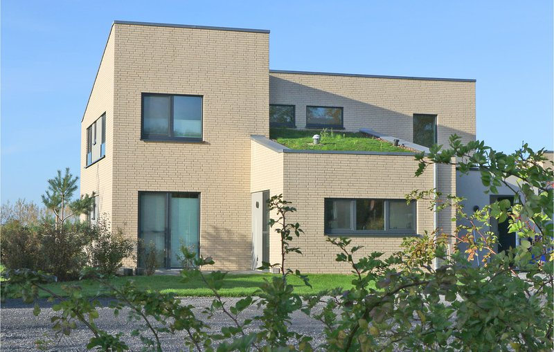 Amazing home in Lembruch/Dümmer See with Sauna, WiFi and 5 Bedrooms (DDS224), holiday rental in Dielingen