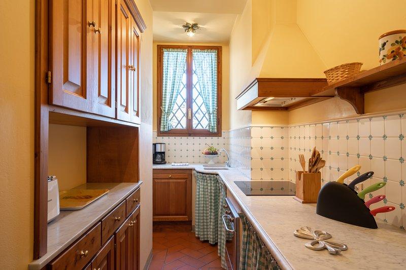 Charming Apartment Florence - Piazza Santa Croce - Vasari, vacation rental in Florence