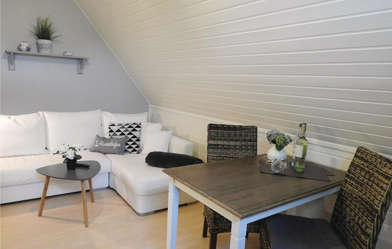Stunning apartment in Dagebüll with WiFi and 1 Bedrooms (DSH384), casa vacanza a Ockholm