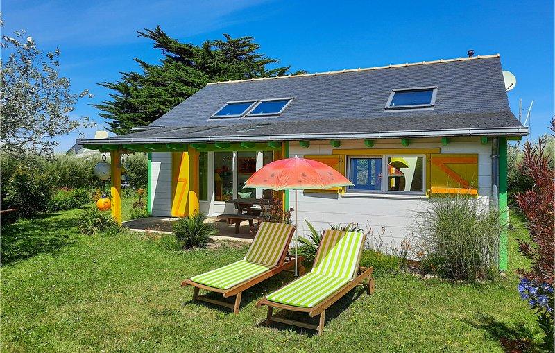 Stunning home in Plouguerneau with 2 Bedrooms (FBF641), location de vacances à Plouguerneau