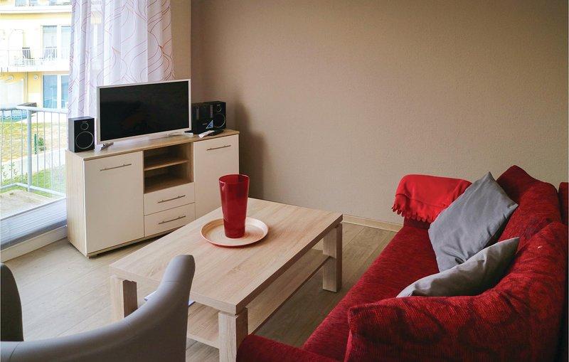 Amazing apartment in Graal-Müritz with 1 Bedrooms (DMK697), holiday rental in Klockenhagen
