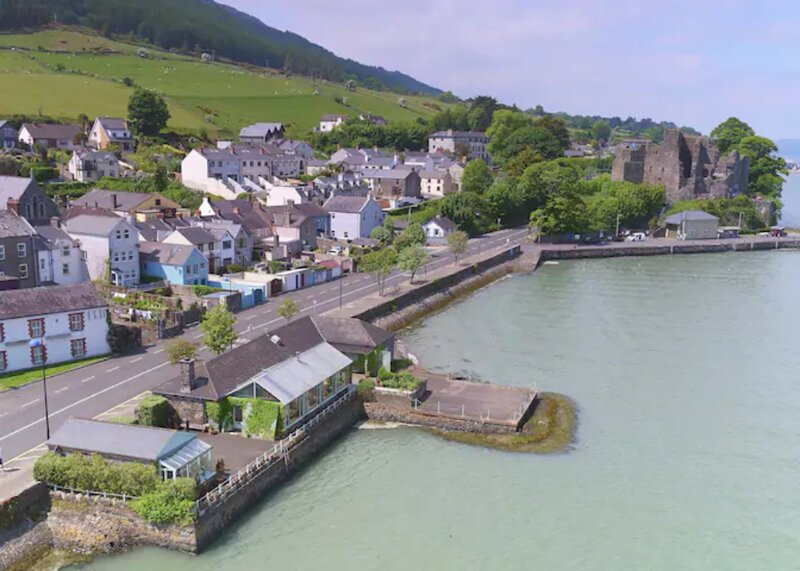 The Main House, Wood Quay, location de vacances à Carlingford