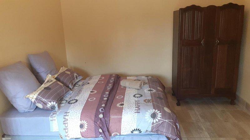 Karl Heyne Guesthouse Double room, alquiler vacacional en Rustenburg