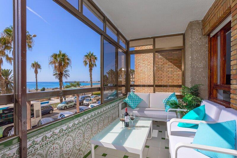 Rentcostadelsol Malagueta-Ciudad Melilla, vacation rental in Malaga