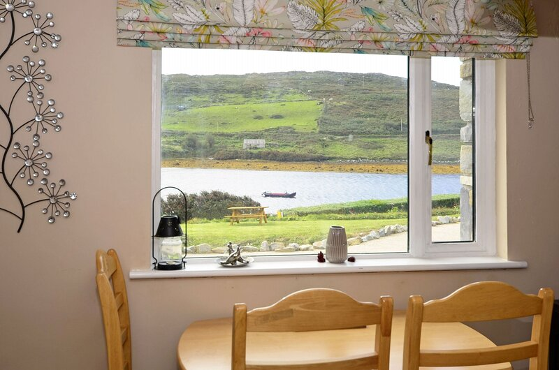 Apartment 347 - Clifden - Apartment 347 - Clifden, holiday rental in Claddaghduff