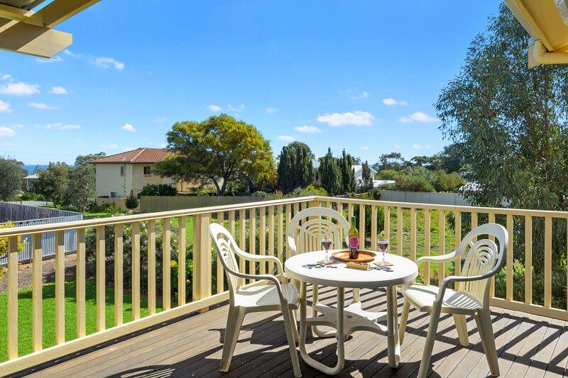 22 Broadbeach Drive - Carrickalinga, SA, vacation rental in Carrickalinga