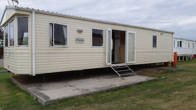 6 berth caravan for hire at St Osyths Clacton-on-sea, Essex ref 28099GC, location de vacances à Little Clacton