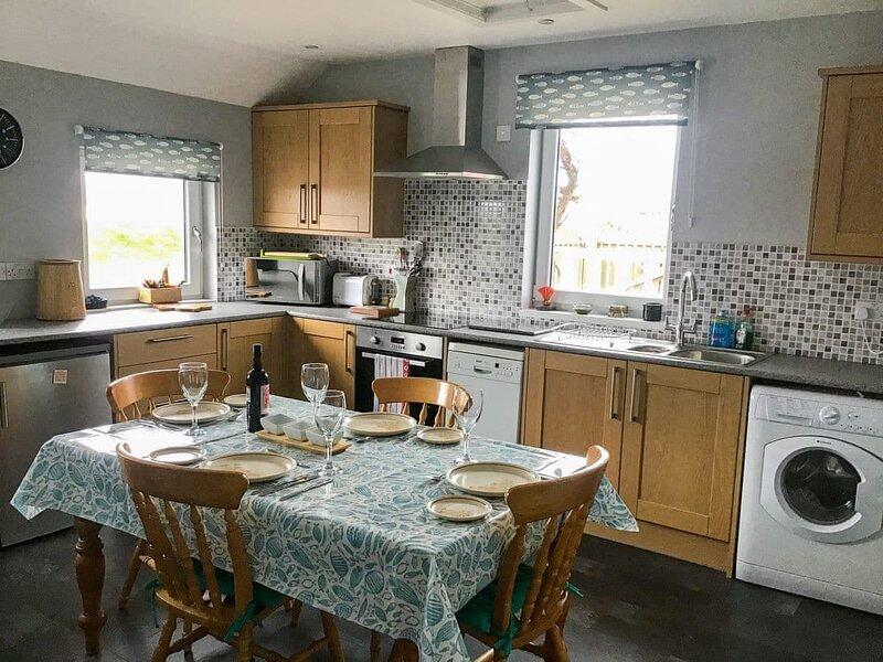 Seathrift Cottage, holiday rental in Fortrose
