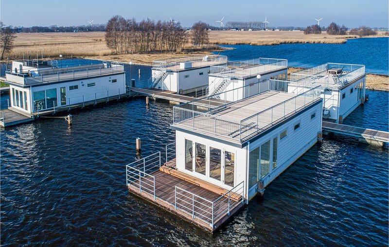 AquaLiving (HNH227), holiday rental in Leimuiden