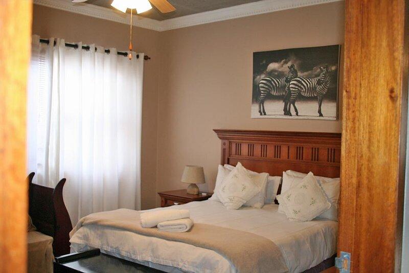 Room for 6 - Amarachi Guesthouse Spitzkoppe, Ferienwohnung in Swakopmund