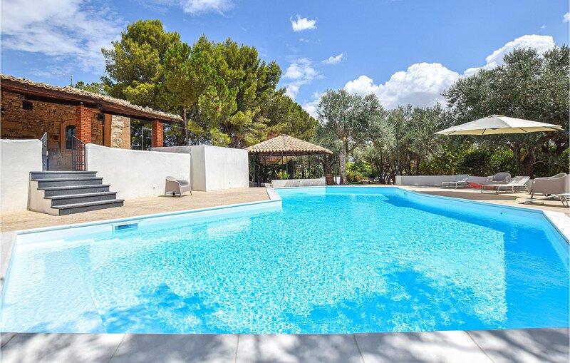 Tenuta Zottopera (ISR328), vacation rental in Licodia Eubea