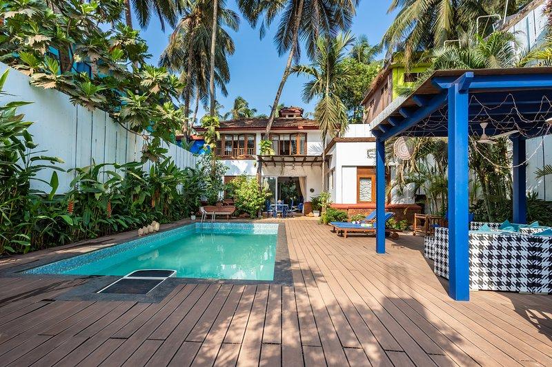Mawi Villa 3BR with pool on Arambol Beach, aluguéis de temporada em Arambol