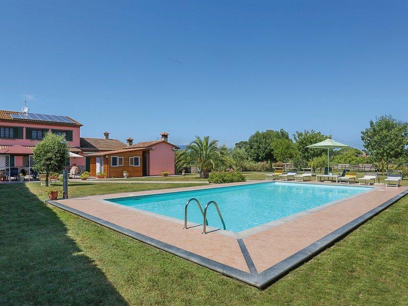 Casolare Lavoria (CRI200), holiday rental in Cenaia