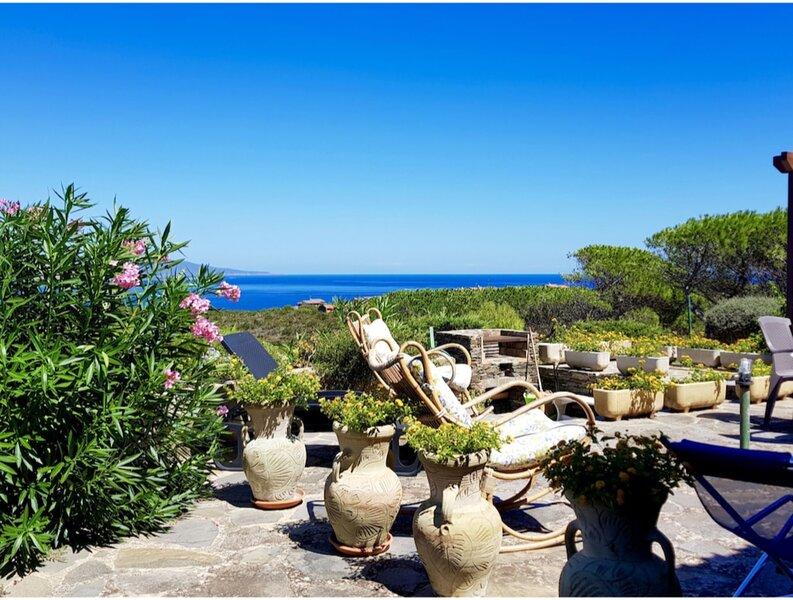 Stintino, Villa del Mercante sea view with large veranda, holiday rental in Stintino