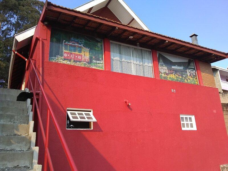 Casa da Dine - Campos do Jordão -Pousada familiar, holiday rental in Campos Do Jordao