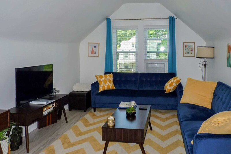 NEW! Modern Apartment < 1 Mi to Downtown Montclair, alquiler vacacional en Morris County