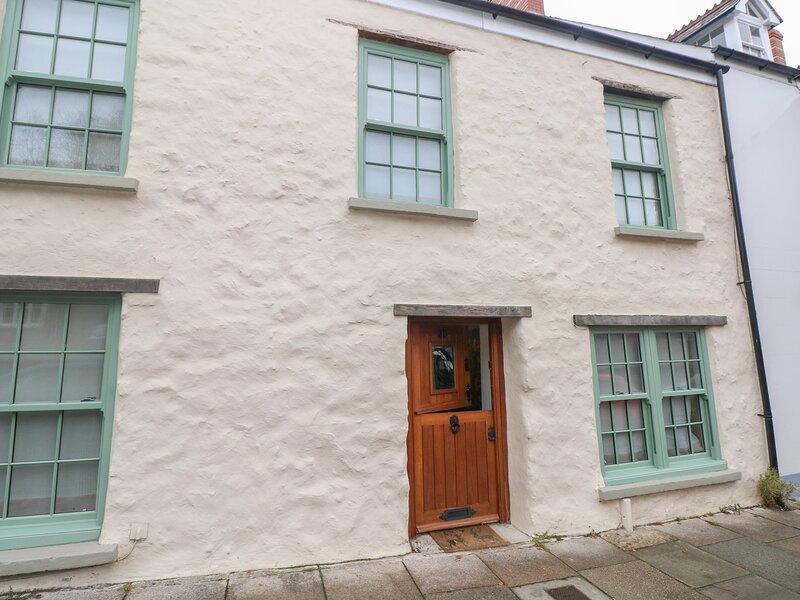 Inglenook Cottage, Haverfordwest, holiday rental in Portfieldgate