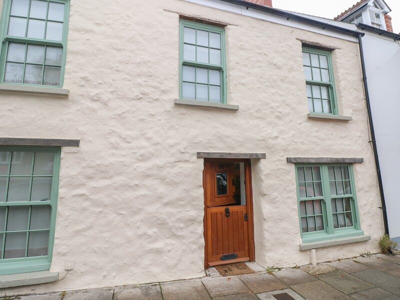 Inglenook Cottage, Haverfordwest, holiday rental in Clarbeston Road
