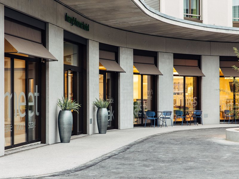 harry´s home Hotel Zürich-Wallisellen, holiday rental in Lottstetten