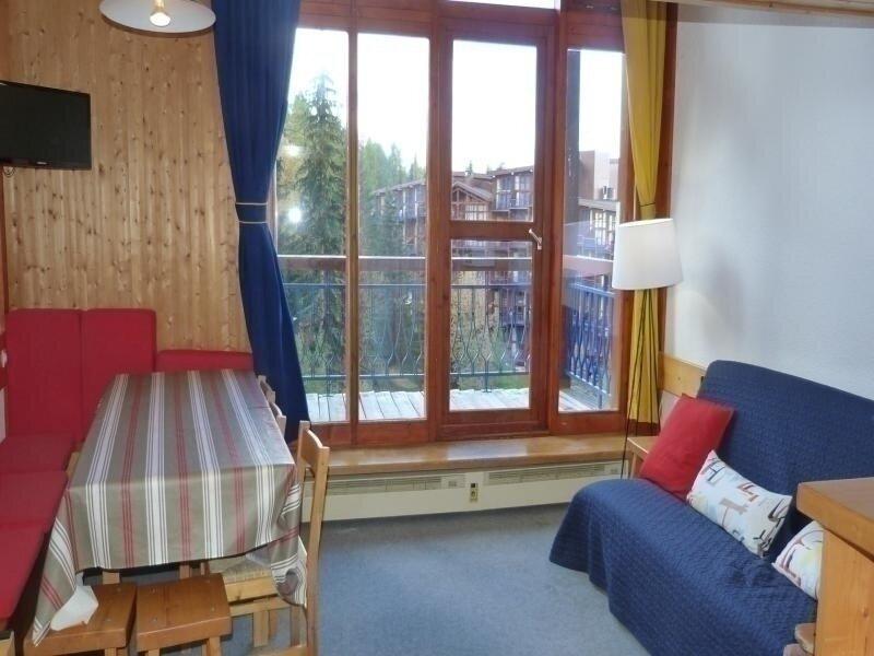 Appartement 3 pièces en duplex pour 8 personnes à Arc 1800 dans le village de, holiday rental in Peisey-Vallandry