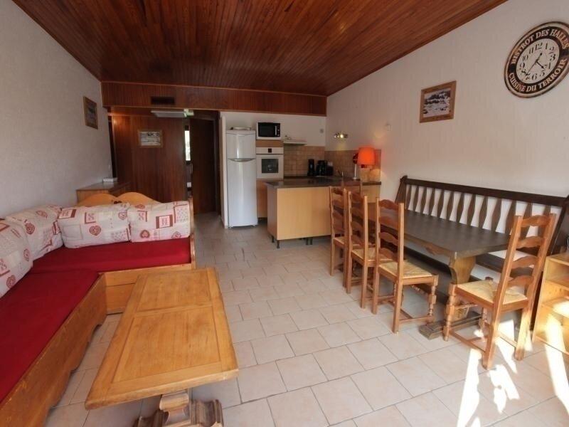 8 pers. 59 m² 4ème étage Sud, vacation rental in Fontcouverte-la-Toussuire