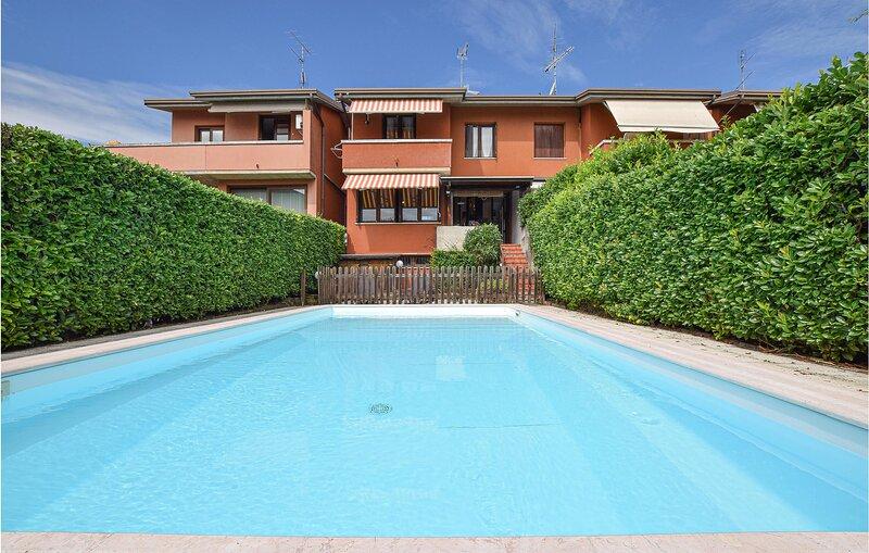 Villa Helios (IVG477), casa vacanza a Castiglione Delle Stiviere
