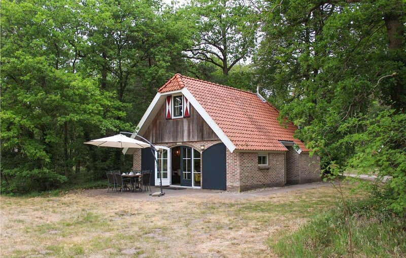 Nocht (HOV454), holiday rental in Wanneperveen
