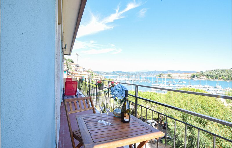 Beautiful apartment in Portovenere with 2 Bedrooms (ILT047), vacation rental in Fezzano