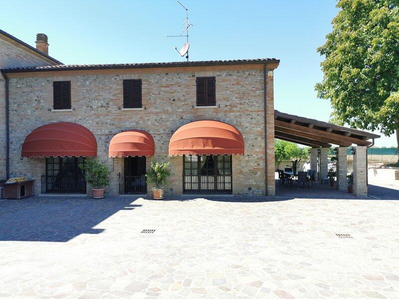 Villa Erika&Matteo, holiday rental in Poggio Torriana