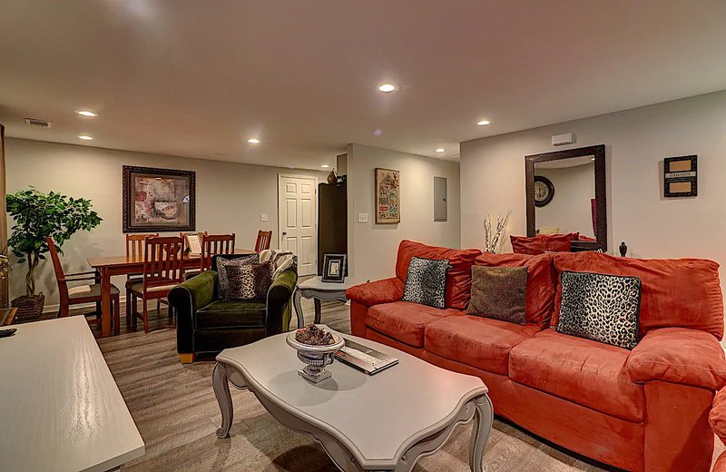 Norcross Convenience. 4m To I-85. 700+Reviews Hd, vacation rental in Norcross