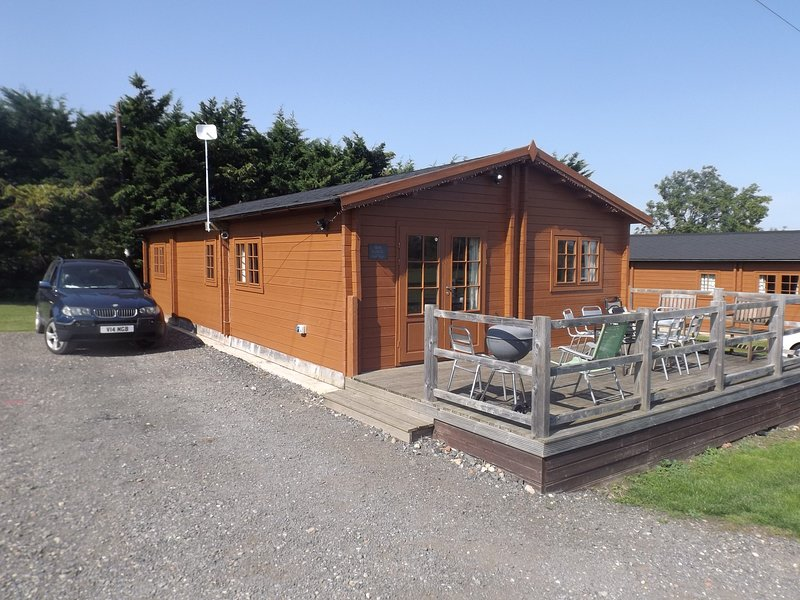 Oak Lodge at AVONVALE HOLIDAY LODGES, Ferienwohnung in Badsey