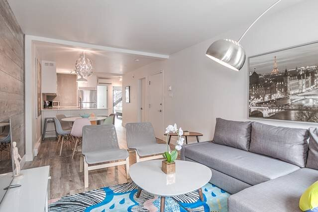 Liv MTL �Save 60% Urban ⓵Modern 2BR Ideal Big Family Pets Stay Free❣️, vacation rental in Montreal