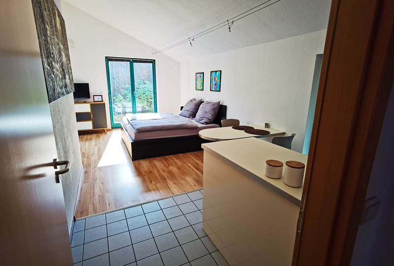 Beautiful Appartment near the forest, vacation rental in Wolfsburg