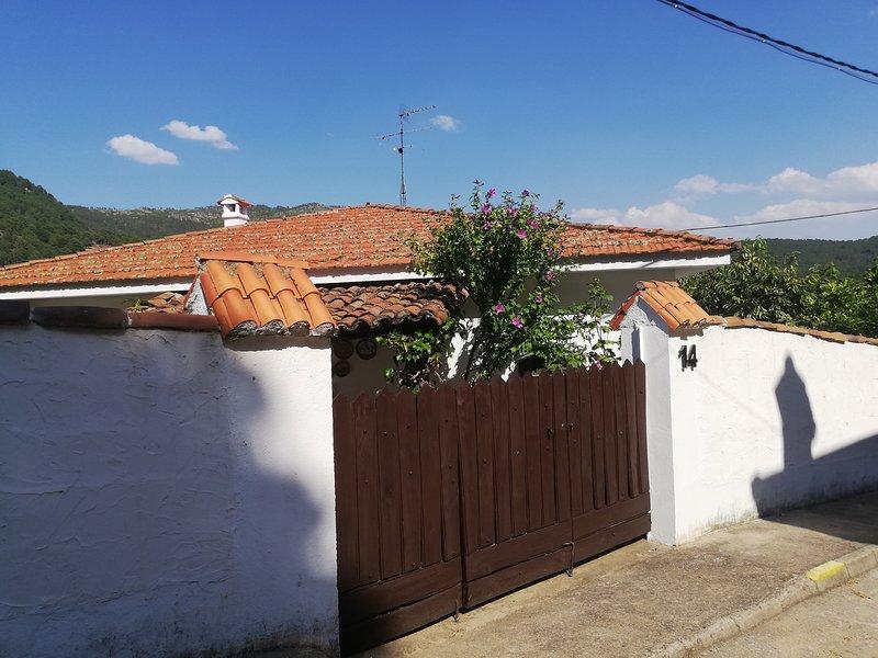 Casa Calambres 7, location de vacances à Mombeltran