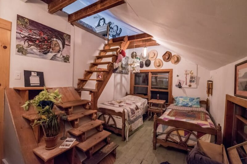 Split-Level Loft at Better Farm, alquiler de vacaciones en Brockville