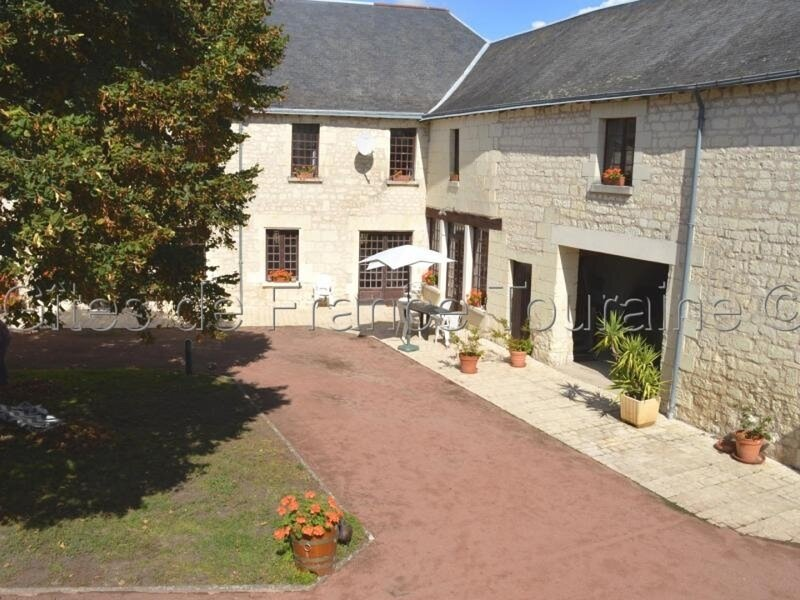 Le Jardin d'hiver, holiday rental in La Roche-Clermault