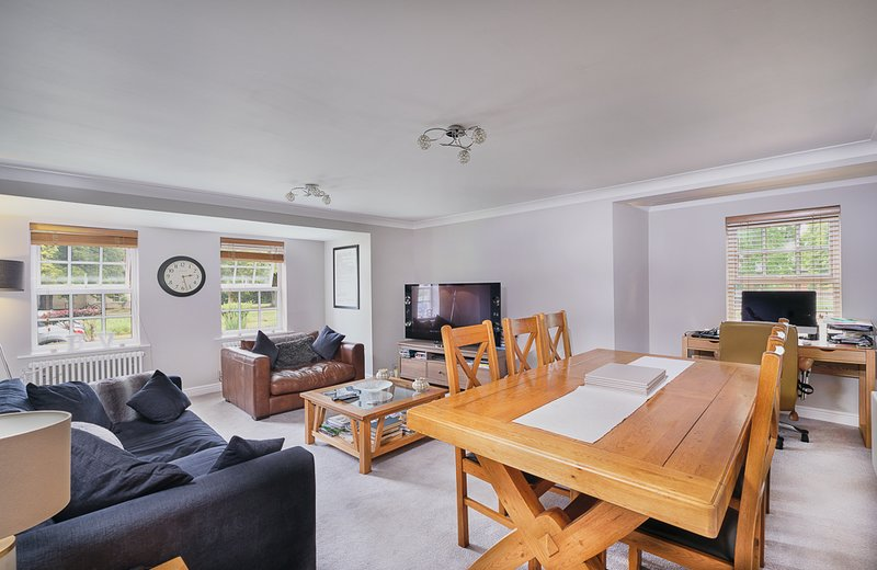 Immaculately presented 2 bedroomed ground floor flat, location de vacances à Portishead