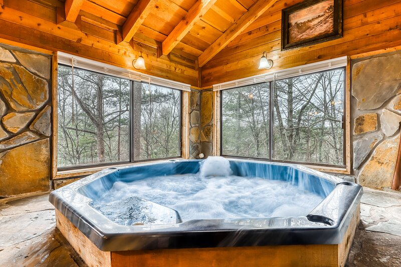 Mountain Cottage W Forest Views Indoor Hot Tub Fireplace Free Wifi Dogs Ok Updated 2021 Tripadvisor Blue Ridge Vacation Rental