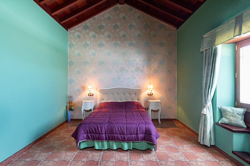 Home2Book Finca Dos Ruedas, holiday rental in La Ampuyenta