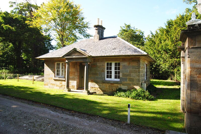 Beautiful Gate Lodge, vacation rental in St Michaels