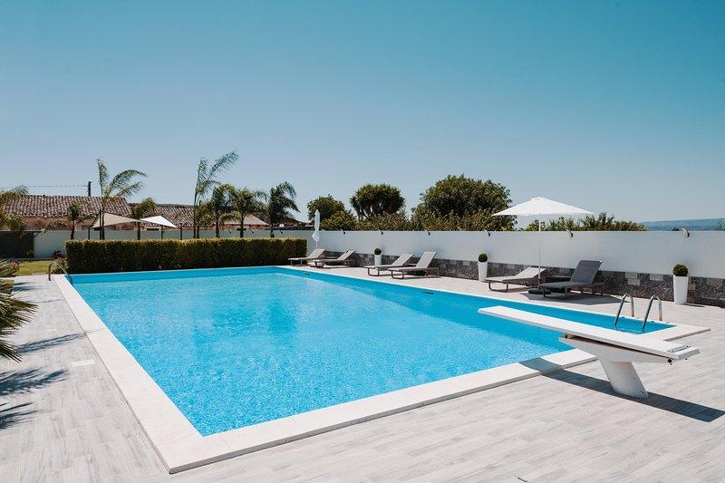 Villa Carancino - Siracusa, vacation rental in Belvedere