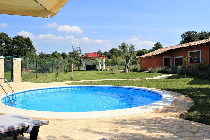 Holiday Home Betiga 2, holiday rental in Barbariga