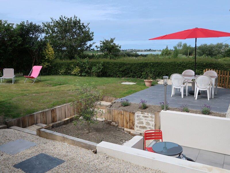 La Charmeuse (GOV203), holiday rental in Lesneven