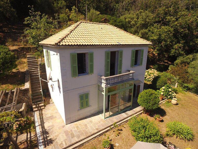 Aroma Green Villa Cap Corse - maison indépendante avec jardin, holiday rental in Ogliastro