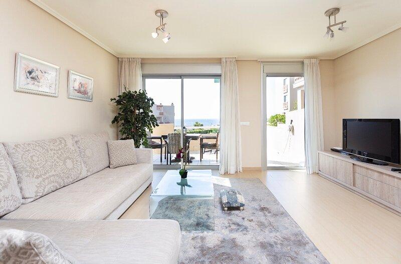 Apartamento  de lujo al lado del mar y playa, vacation rental in El Medano