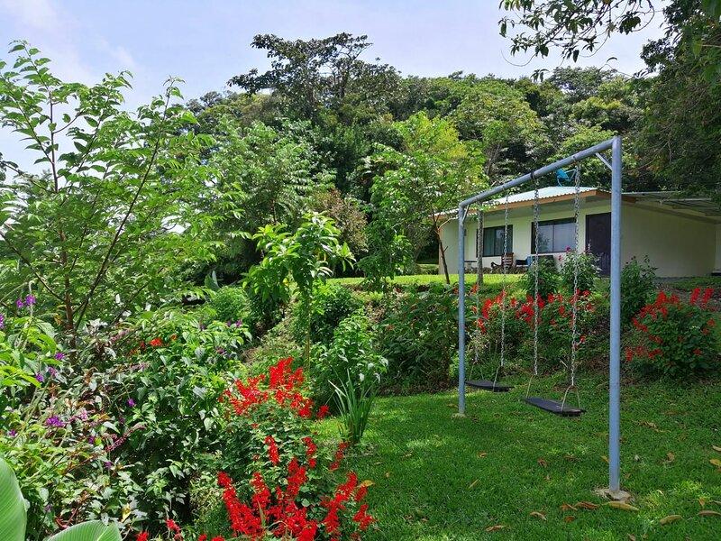 Casa de campo 2 en Finca Alta Vista Monteverde, holiday rental in Santa Elena