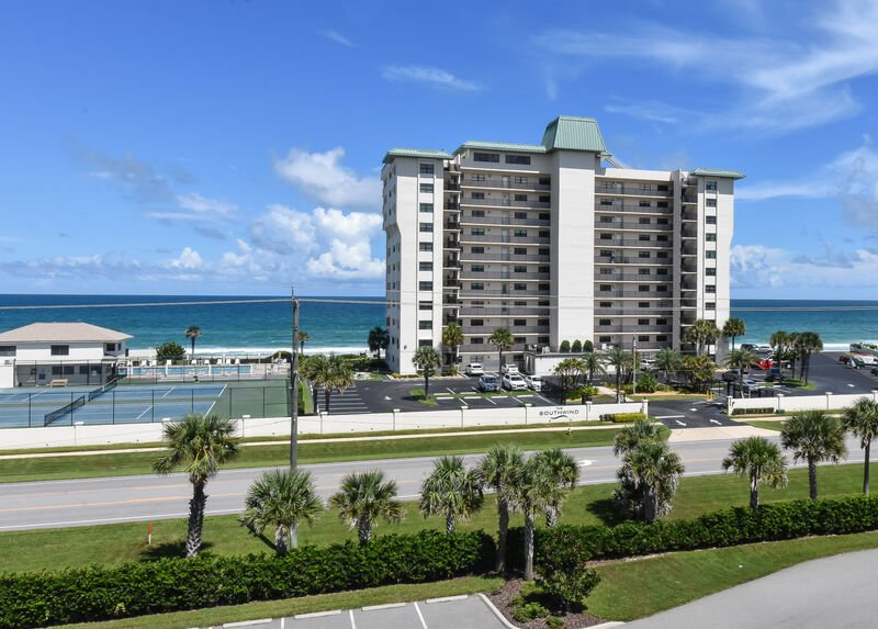 Ocean Walk 18-506 ~ OW18-506, vacation rental in Edgewater