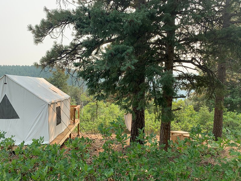 Tentrr Signature Site - Satori Farm Habanero, location de vacances à Pine