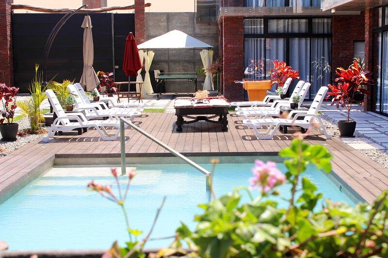Apartamento c/Sol y Piscina a 5 min de Huacachina, holiday rental in Ica Region